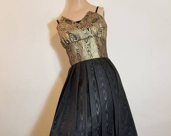FREE  SHIPPING   1950  Couture  Gown