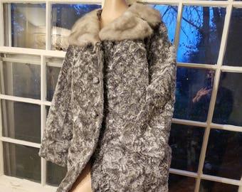 FREE  SHIPPING   1950  Faux  Persian  Lamb  Fur  Coat