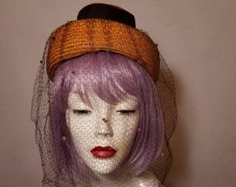 FREE  SHIPPING   1940  Straw  Veil  Hat