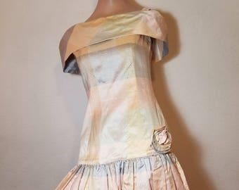 FREE  SHIPPING    1980  Silk  Designer  Dress