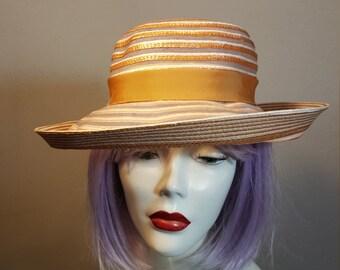 FREE  SHIPPING   Schiaparelli  Hat