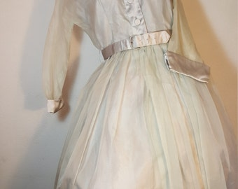 FREE  SHIPPING   Vintage Elinor Gray Dress