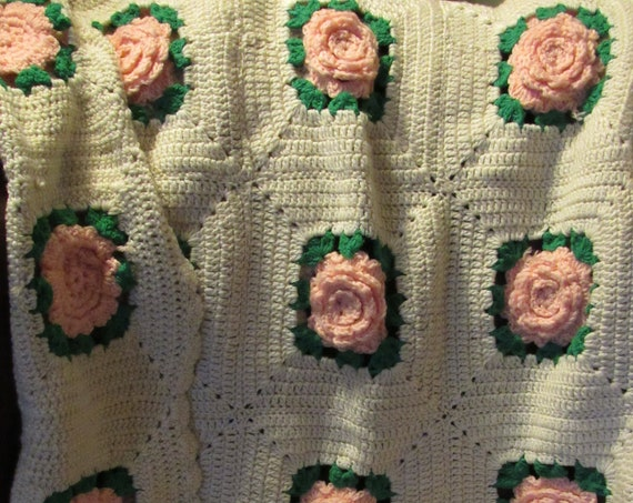 Hand Crocheted Rose Afghan | Wedding Blanket | Marriage Blanket | Lancaster County Blanket | Chilly Fall Nights | Gift Idea | Heirloom