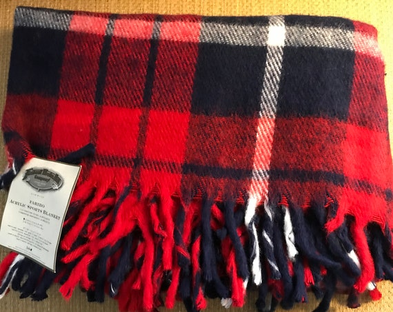 Faribo Acrylic Sports Blanket ~ Made in USA ~ Tartan Plaid ~ Stadium Blanket ~ Cozy Cabin ~ Lap Blanket ~ Faribault Woolen Mill New with Tag