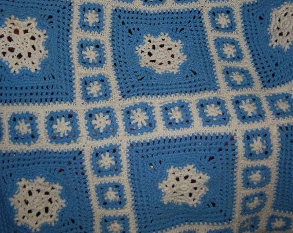 Hand Crocheted Afghan | Vintage Knit Blanket | Blue and White Afghan | Gift Idea | Cottage Chic Decor
