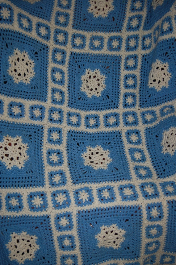 Hand Crocheted Afghan, Vintage Knit Blanket, Blue and White Afghan, Lap Blanket, Think Spring, Great Gift Idea, Cottage Chic Decor