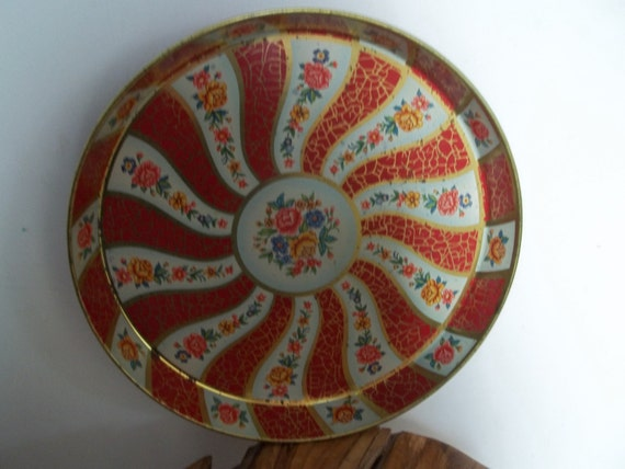 Vintage Metal Tray, Daher Serving Tray, Red and Gold Floral Pattern, Entertaining