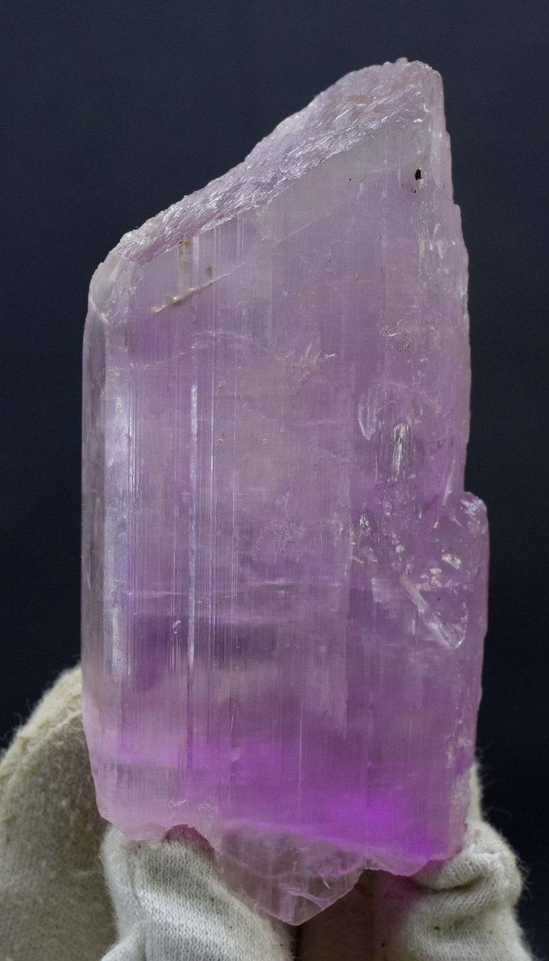 Pink Spodumene Kunzite Natural Crystal Undamaged and double image 0