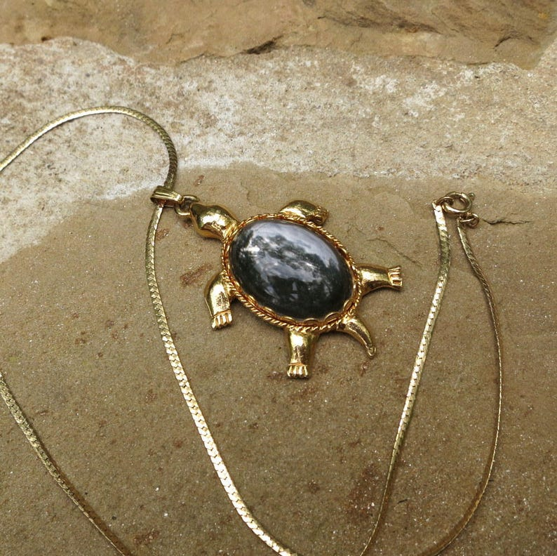 Gorgeous Sea Turtle Pendant and Earrings Set Clear Crystal Fast Shipping