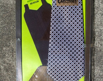 Cavalier tie, handkerchief and sock set - in original box.