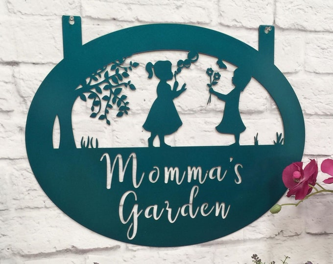 PERSONALIZED GARDEN SIGN : Custom Metal Farmhouse Sign for Her, Momma's Garden Metal Yard Sign, Weatherproof Family Sign