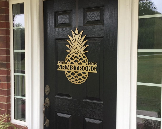 Personalized Pineapple with name & Est Date, Monogram Front Door Wreath |  Elegant Door Wreath