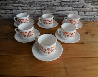 Vintage Retro Arcopal Scania milk glass 6 cups and saucers #1