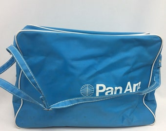 92e044463a Vintage 1971 PAN AM Airlines Tote Carry On Blue Travel Bag Shoulder 11 x  15.5 In Airline Memorabilia Aviation Advertising Move Prop Rare