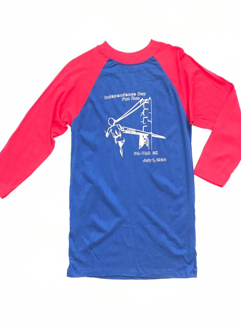 small Independence Day fun run Vintage 80\u2019s raglan unisex raglan medium PA-TAC 8K 1984 Marathon tee vintage graphic tee single stitch