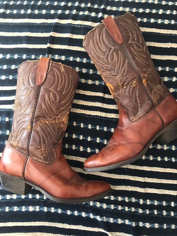Bohemian cowboy boots, texas boots, mens size 11 boots, kings of leon style boots, hippie boots, festival fashion, Woodstock style, folkie