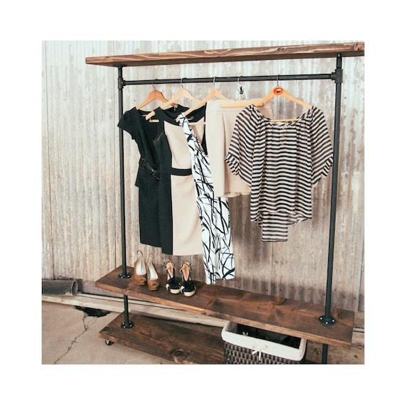 IRD Triple Shelf Industrial Clothing Rack Rustic Furniture Pipe Garment Rack Clothes Rack Retail Display