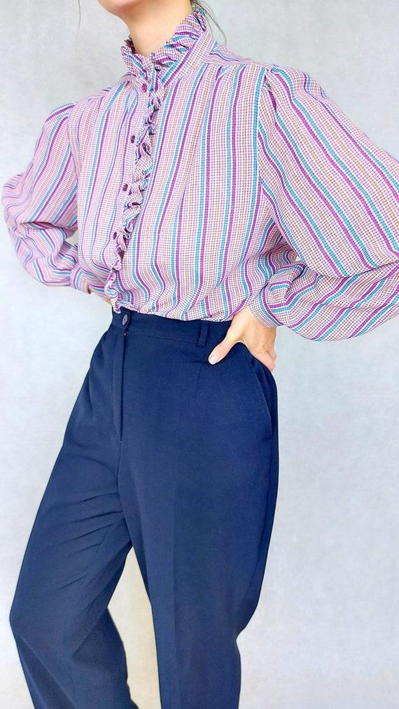 Vintage Lilac Blouse, Medium to Large Size Shirt,… - image 8