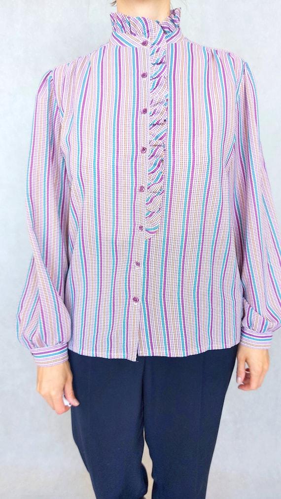 Vintage Lilac Blouse, Medium to Large Size Shirt,… - image 10
