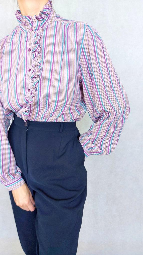 Vintage Lilac Blouse, Medium to Large Size Shirt,… - image 7