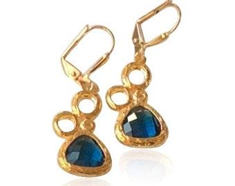 Art deco statement blue sapphire gold bubbles earrings, September birthstone jewelry, Gold blue crystal drop earrings, Blue wedding earrings
