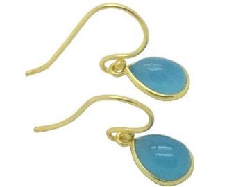 Zierliche Himmelblau Chalcedon Edelstein Träne 18 k gold Ohrringe, Bridal Party und Geburtstag Geschenk, zarten natürlichen Stein Ohrringe, Geschenk für Mama