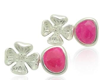 Fuchsia pink und Silber Hochzeit Blume Ohrringe, Silber Ohrringe Braut, rosa silberne Hochzeitsschmuck, Oktober Geburtsstein Schmuck