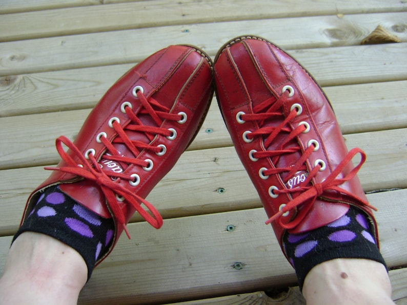 2a5dfebfc Bowling Red Shoes Vintage Retro Red Leather Daoust Canadian