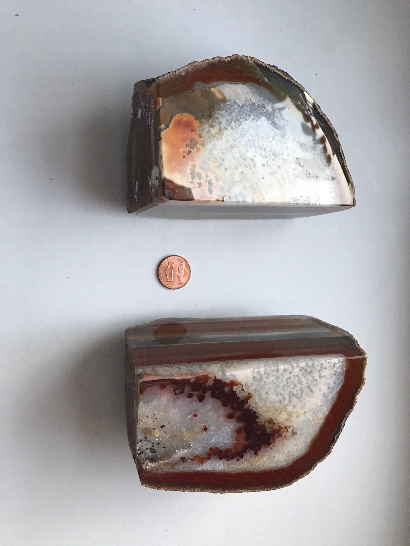 Livre de taille taille taille moyenne très coloré extrémités partie agate et Géode dalle e44112