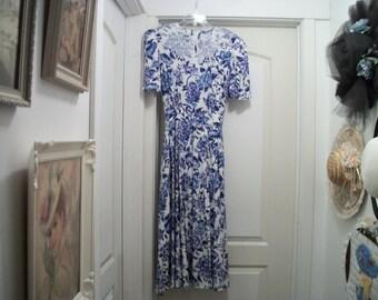 fe9bf6d394a A Blue   White Romantic 80S Dress does EDWARDIAN GARDEN PARTY