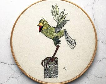 Bird embroidery pattern, green bird embroidery design, pdf download, hand embroidery pattern, cute bird, green parrot