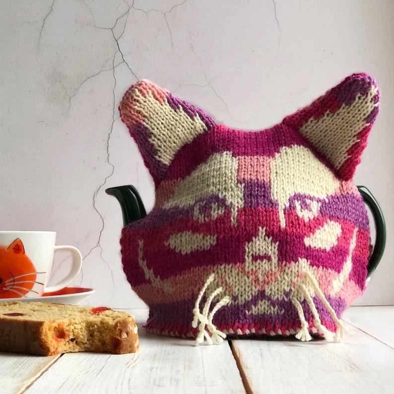 Cat tea cosy knitting pattern hand knitting patterns pdf image 0