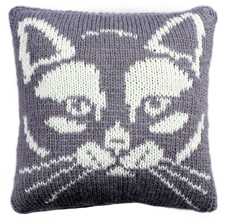 Kitty Cushion knitting pattern knitted cushion cover pattern image 0