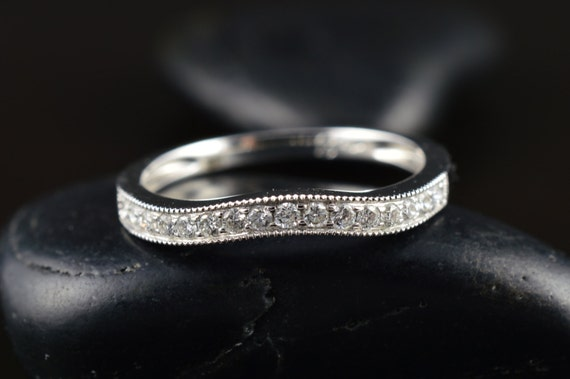 New 14K White Gold 0.17ctw F VS1 Round Brilliant Cut Shared Prong Set Diamond 1.90mm Thin Stackable Wedding Band Ring
