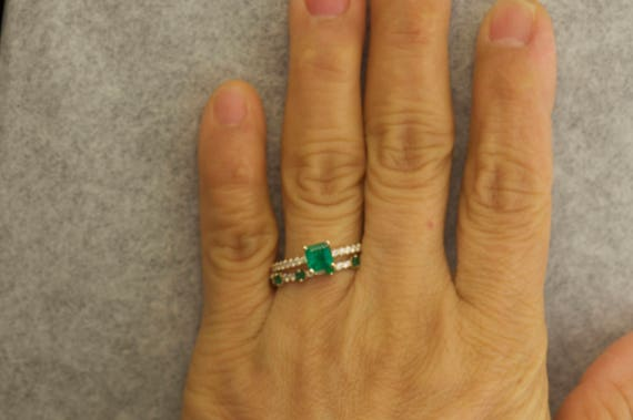 Emerald Necklace 0.25 Ct 14K or Blanc Prong Set Natural Emerald 4 mm
