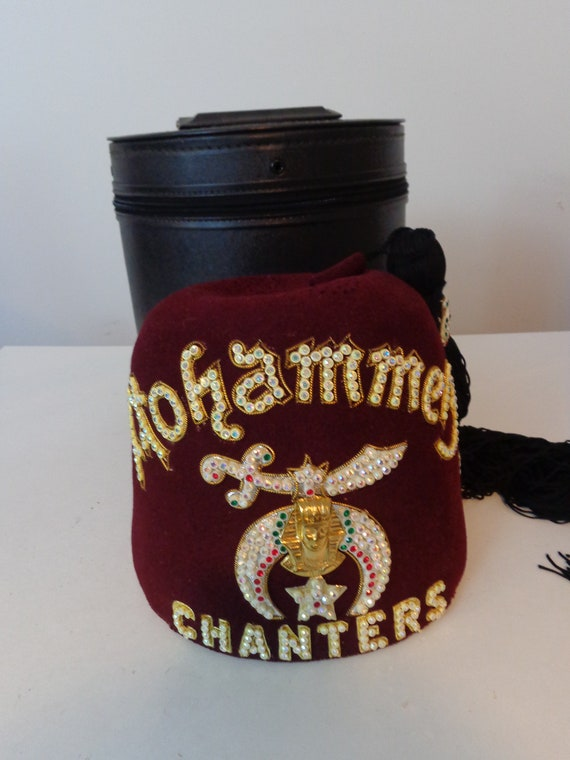 Vintage Mohammed Chanters Fez Hat with Case Vintage Fez Hat  3694bf97744b