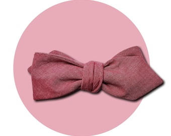 Red Shift Men's Self-Tie Pointed Bow Tie | Subtle Pink to Red Shift Cotton Chambray | Diamond Blades