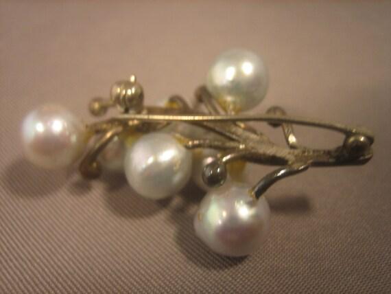 Ming's Brooch Vintage Pearl Brooch Sterling Silver - image 3