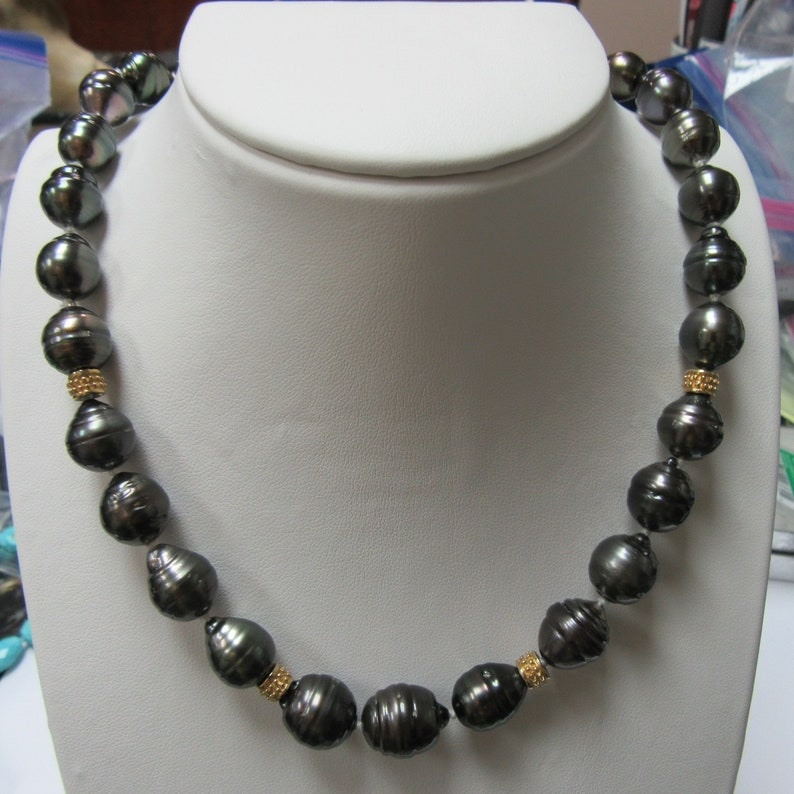 dd792c291 Tahitian Black Pearl Necklace 14 Karat Gold Graduated Necklace   Etsy