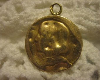 Little Girl Charm from France French Marks 18 Karat Yellow gold