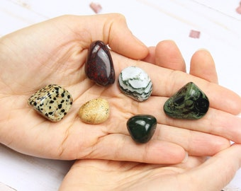Green Witch Crystal Kit of 5 Healing Crystals PLUS 1 FREE Tumbled Picture Jasper Stone, Crystal Starter Set