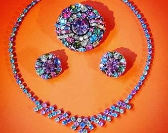 Vintage 50s Hollycraft Parure, Necklace, Brooch & Earrings Set.