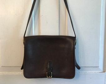 381bac663b6a Vintage Coach Crossbody Saddle Bag