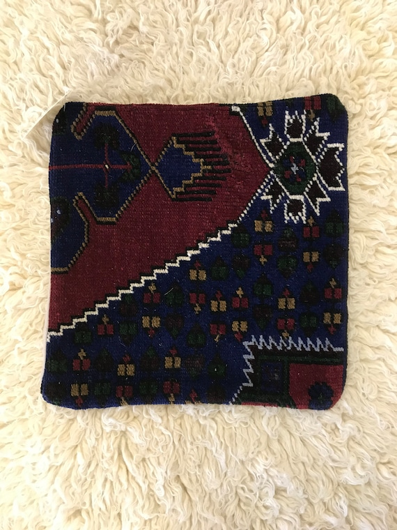 "Vintage Pile Rug Pillow 16""x16"""