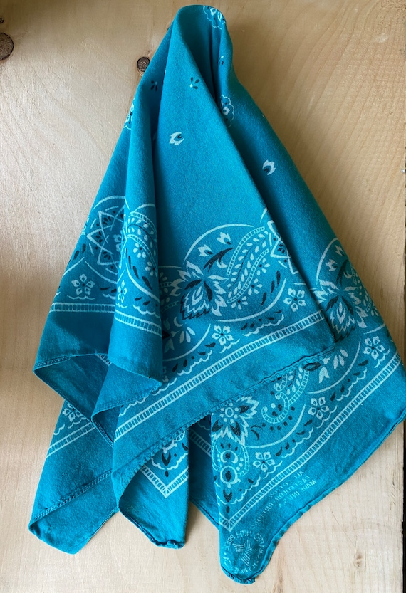Vintage All Cotton Fast Color Made In USA Bandana||Turquoise