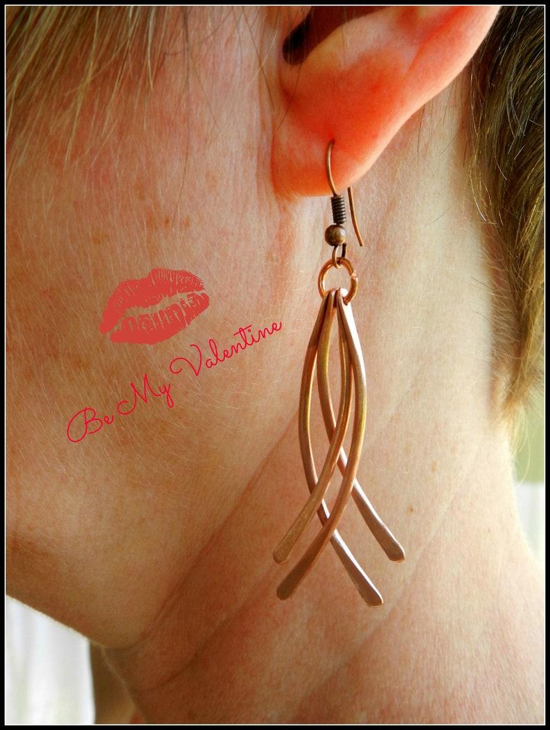 long dangle earrings hammered copper earrings copper dangle 7th anniversary 7 year anniversary curved wire earrings copper anniversary