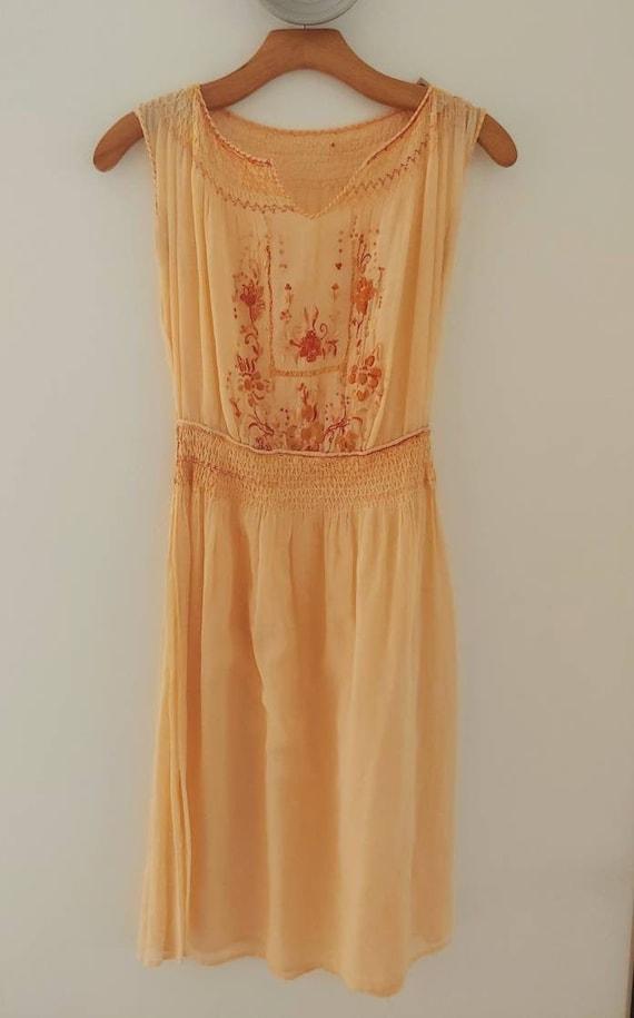 1930s Vintage Hungarian Dress | XS
