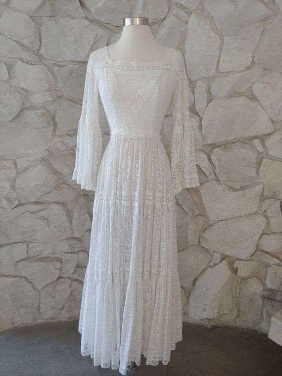 1960s 1970s  Vintage White Lace Mexican Wedding Dr