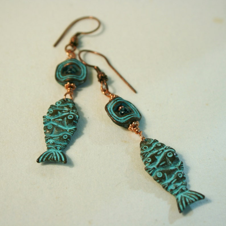 fIShY FrIdAY Earrings! Mykonos Green Patina Fishy-fish EarringsBeach EarringsBeach JewelryBeach EarringsGreen and CopperFish Earrings