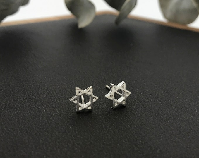 925 Sterling Silver Star Earrings/ Cut Out Star Stud Earrings / Silver star of David earrings